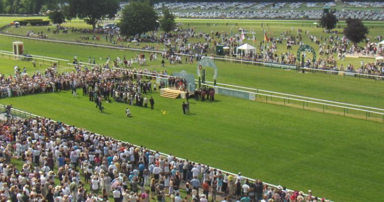Festival of gastronomy and premier horse racing