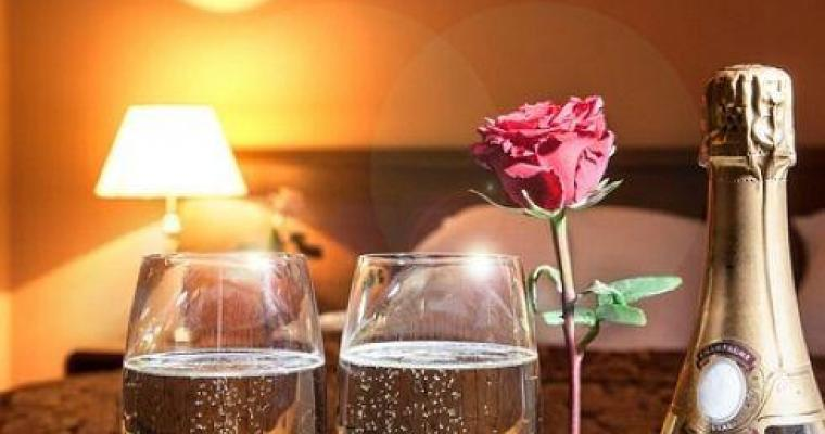 Paris Romantic Hotel breaks to delight a Loved One