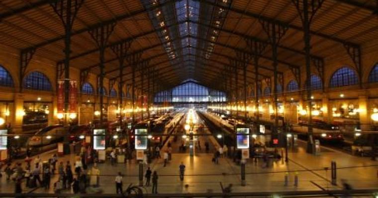 The transformation of Gare du Nord into a Nightclub